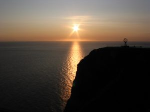 midnight-sun-from-the-north-cape