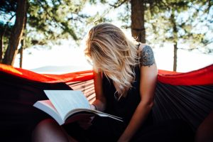 reading-in-the-woods
